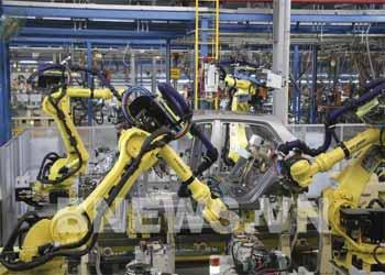 Thị trường ô tô Việt Nam 2021 nhiều yếu tố khó đoán định